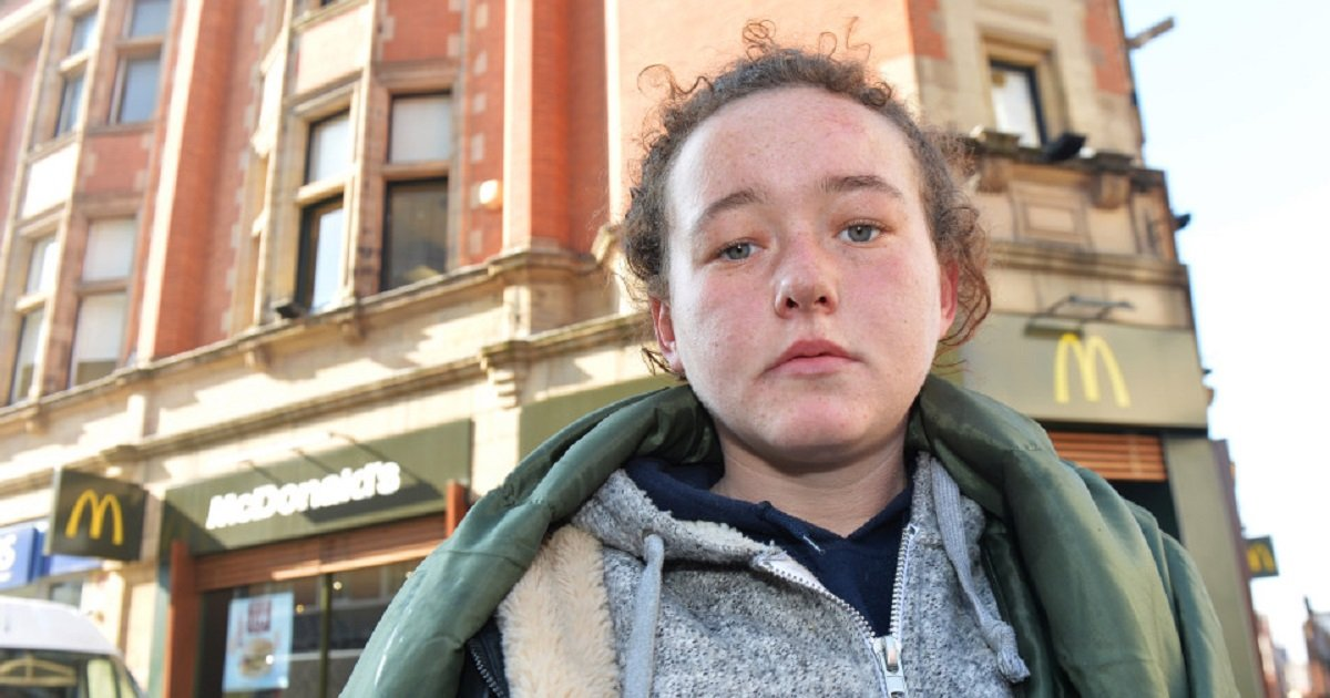 m3.jpg?resize=412,232 - McDonald's Worker Sparked Outrage By Dumping Water On Homeless Teenager Sleeping Outside The Restaurant