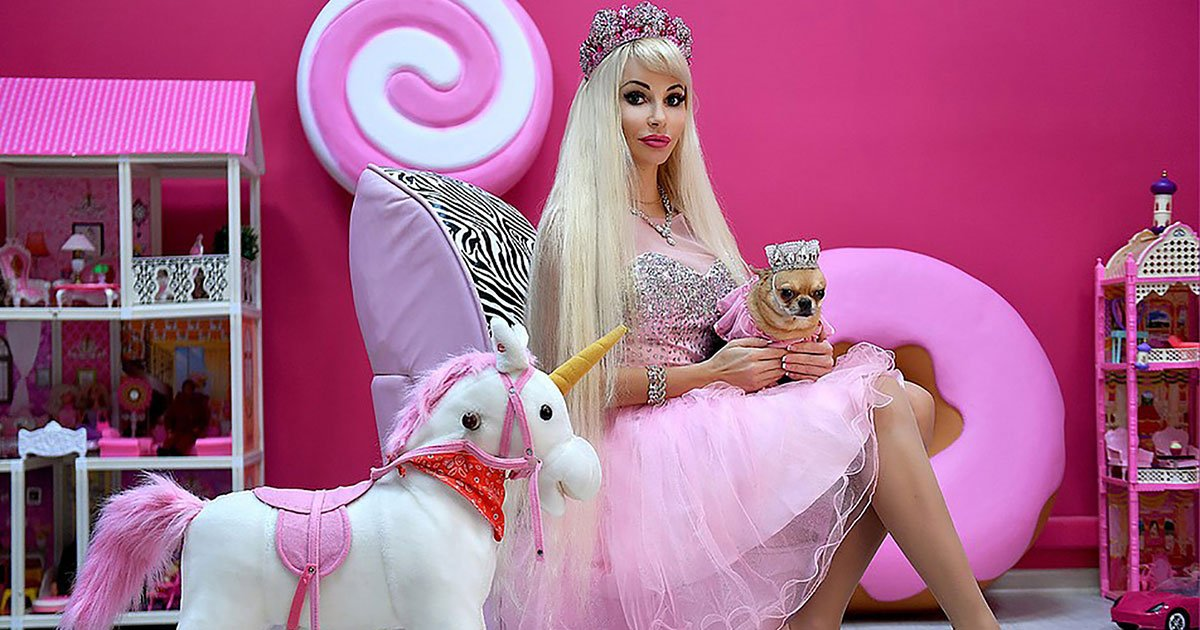 russian real life barbie with no friends complains people are not interested in her inner world.jpg?resize=412,232 - A Real-Life Human Barbie Revealed She Is Lonely And Has No Friends