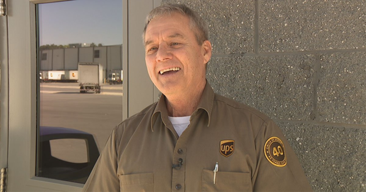 ups driver retired after 43 year accident free career.jpg?resize=412,232 - UPS Driver Retired After Driving 43 Years, Over 6 Million Miles With No Accident