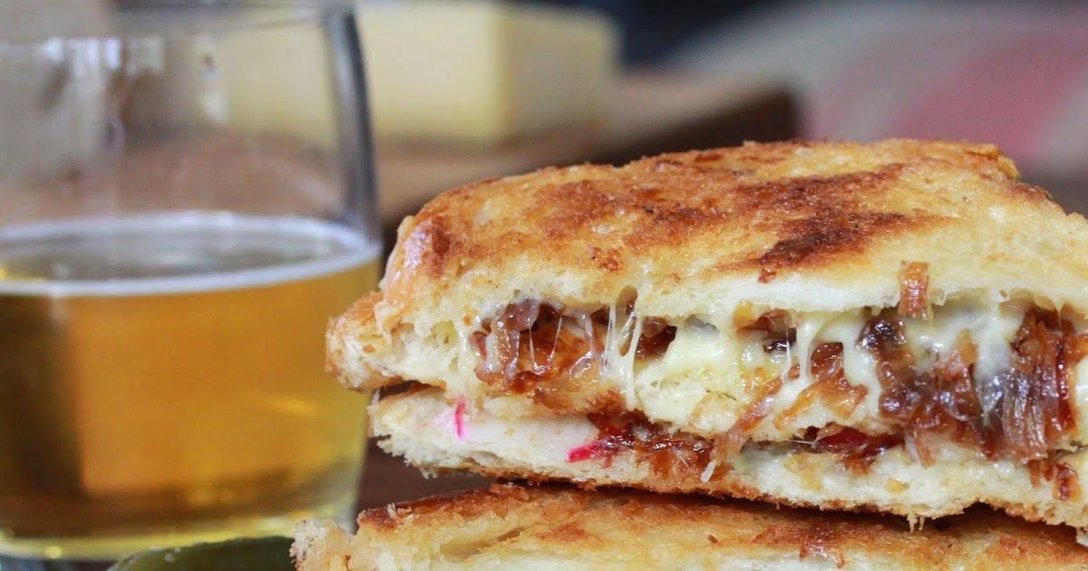 y4.jpg?resize=412,232 - La meilleure recette de sandwichs français aux oignons grillés et au fromage