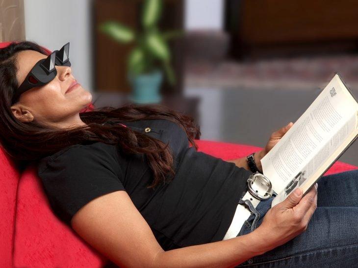 Lentes para leer cómodamente recostado
