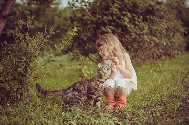 crianças-com-gatos-8