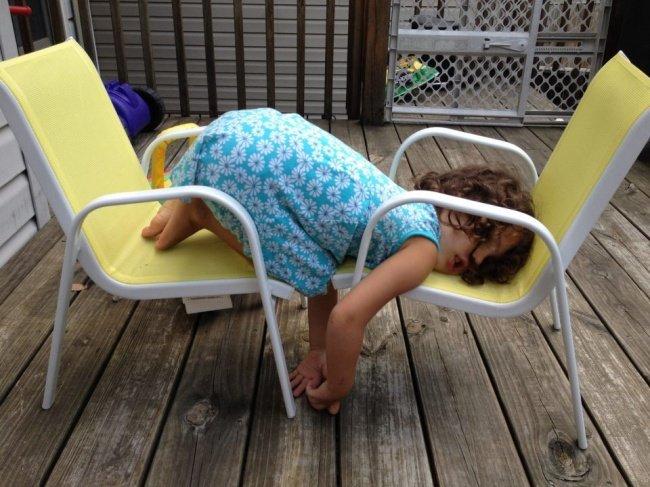 criancas-dormem-qqr-lugar-12