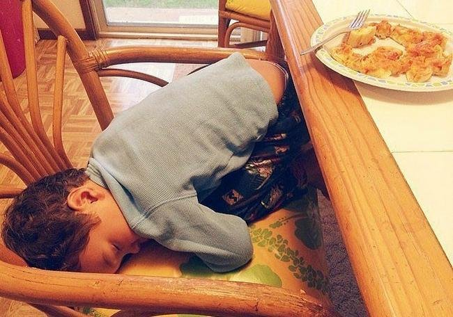 criancas-dormem-qqr-lugar-20