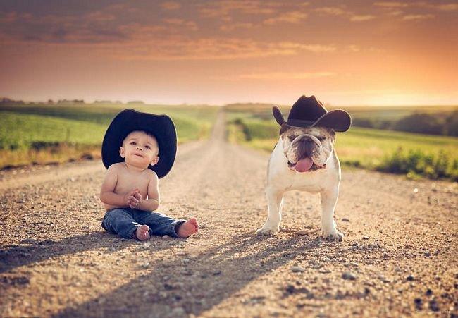 crianças-com-cães-11