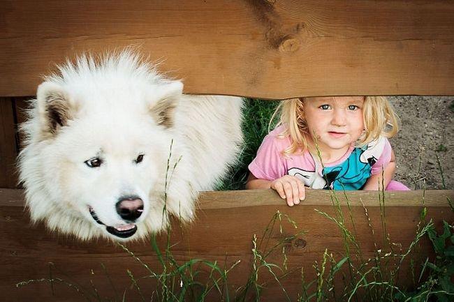 crianças-com-cães-25