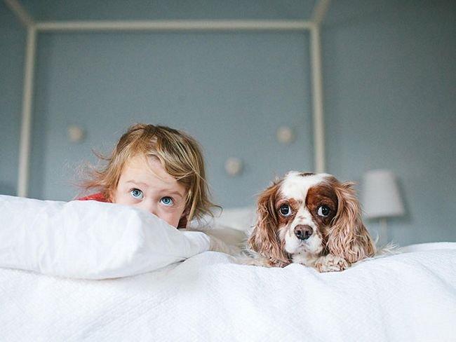 crianças-com-cães-30
