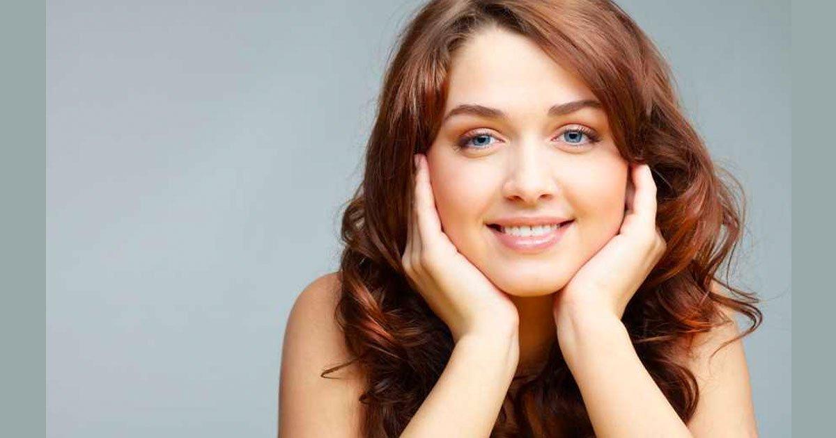 6 33.jpg?resize=1200,630 - 7 movimientos que pueden restarle años a tu rostro