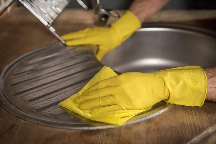 8 Buenas razones para rechazar la limpieza frecuente de la casa (especialmente con la aspiradora)
