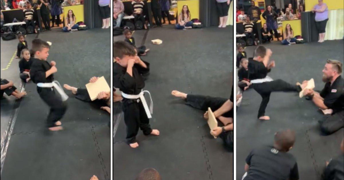 d5 10.png?resize=412,232 - Regardez la vidéo inspirante où des camarades d'une classe d'arts martiaux motivent un garçon incapable de casser une planche en bois