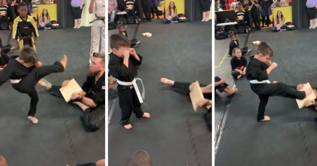 d6 1.png?resize=412,232 - Ce petit garçon en pleurs réussit finalement son exercice d'arts martiaux grâce au soutien indéfectible de ses camarades