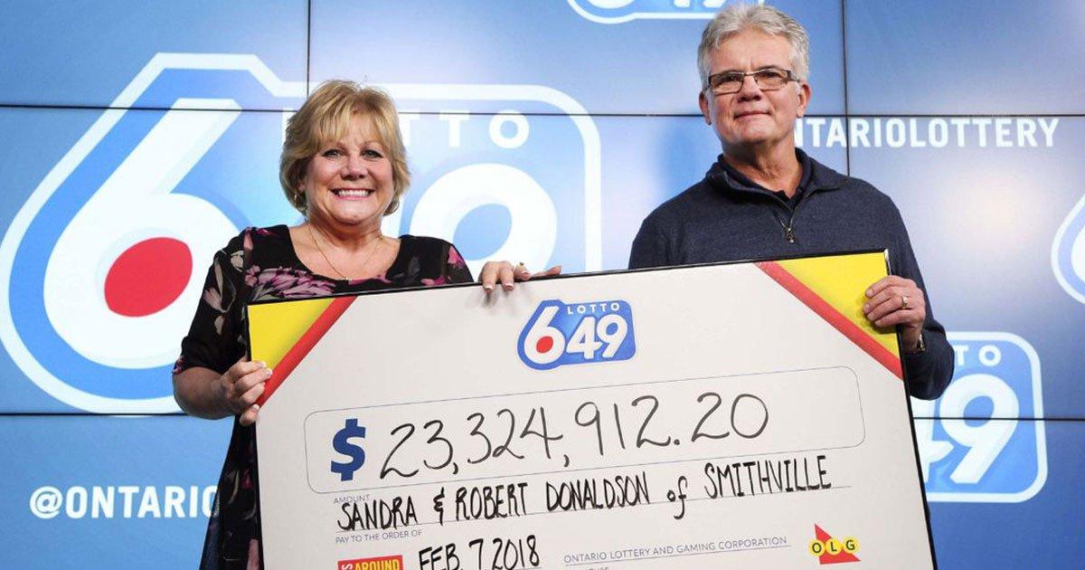 jackpot win.jpg?resize=412,232 - Incroyable! Voici comment ce couple a gagné 23,3 millions de dollars