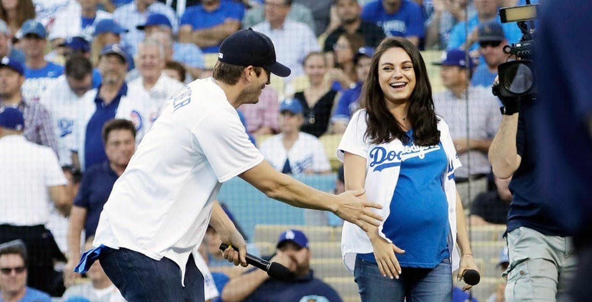 kunis.jpeg?resize=1200,630 - 20 Picturess Of Mila Kunis Pregnant That Ashton Can't Get Enough Of