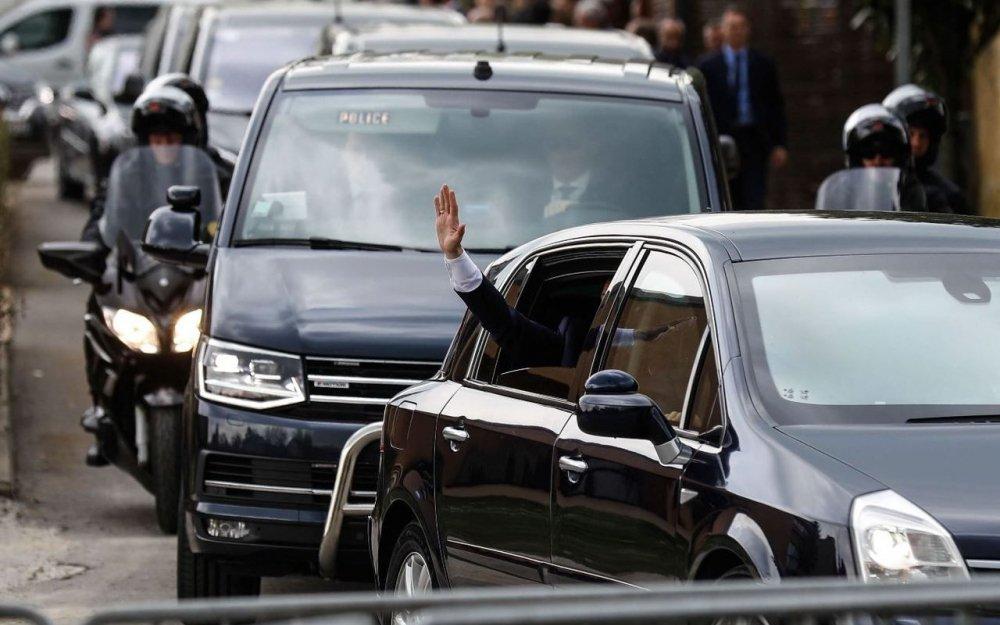 lp olivier corsan.jpg?resize=412,232 - Un chauffeur d'Emmanuel Macron prend la fuite après avoir été flashé dans un véhicule de fonction