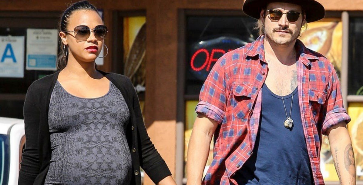preg secret.jpeg?resize=1200,630 - 20 Celebrities Who Kept Their Pregnancy Secret