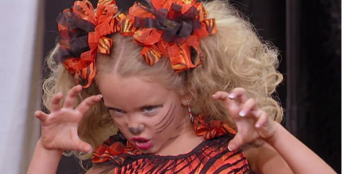 toddlers and tiaras.jpeg?resize=412,232 - 20 Pictures Showing How Girls From 'Toddlers & Tiaras' Look Like Today
