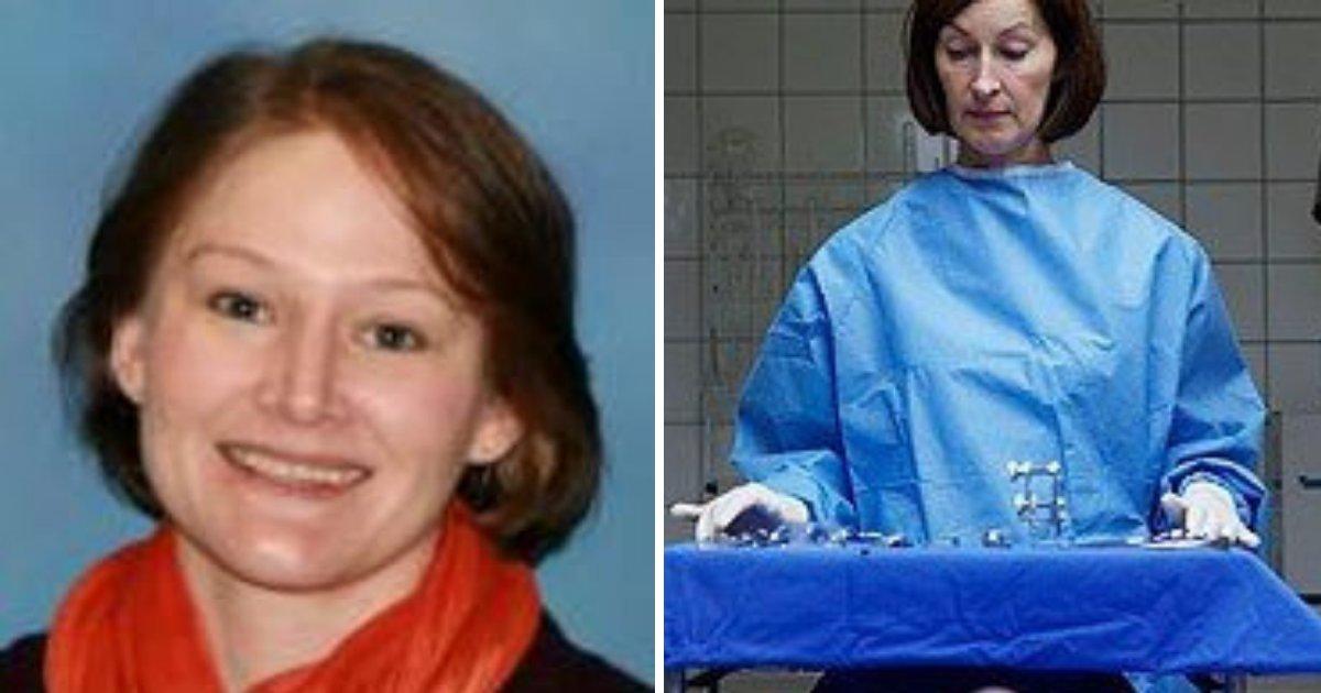 untitled design 49 1.png?resize=412,232 - Une médecin légiste a été renvoyée après s'être moquée du corps sans vie d'une femme
