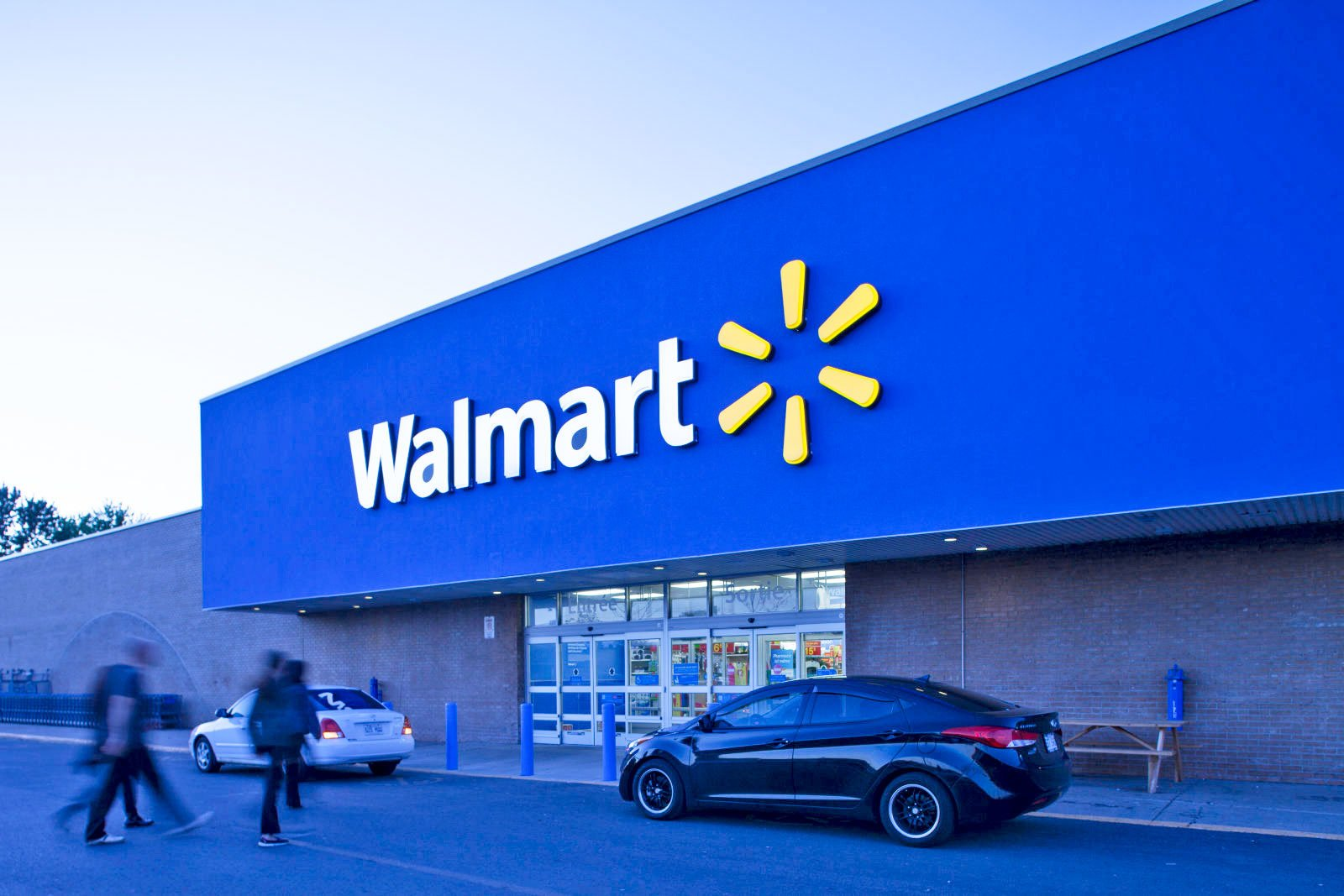 walmart.jpeg?resize=412,232 - Watch Out For This Prank If You Are Planning To Visit Walmart