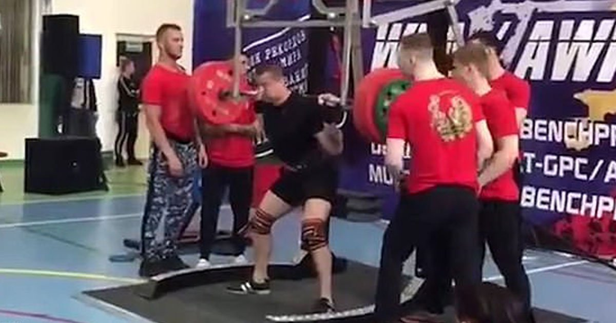 weightlifeter leg breaks.jpg?resize=412,232 - Weightlifter Broke His Leg While Attempting To Squat 250kg During A Competition