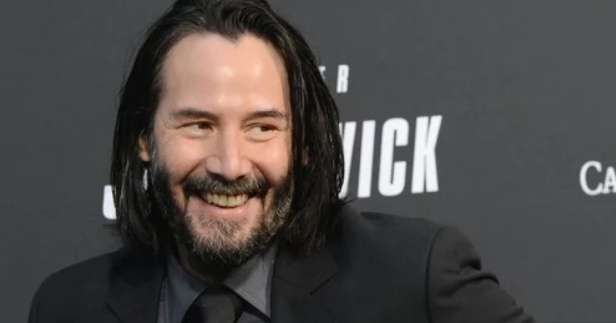 y1 12.png?resize=1200,630 - Keanu Reeves Bought An Ice Cream So He Could Autograph The Receipt For A Fan