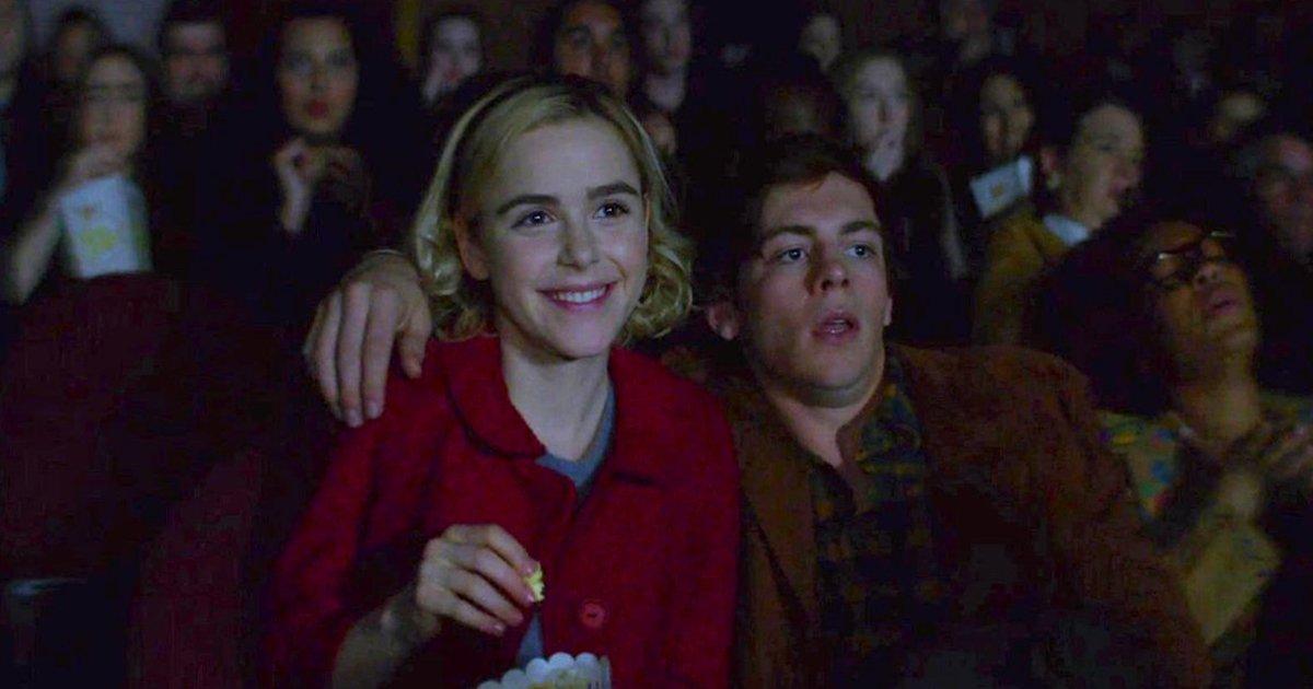 11 62.jpg?resize=1200,630 - 8 Razones para ver una película de terror en tu primera cita; es tu mejor opción