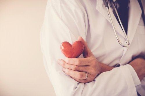 Resultado de imagen de ataque cardíaco
