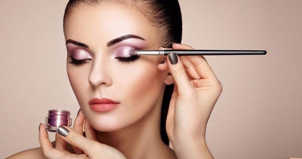 2 72.jpg?resize=1200,630 - 15 Trucos para tu rutina de belleza que agradecerás si no sabes mucho sobre maquillaje