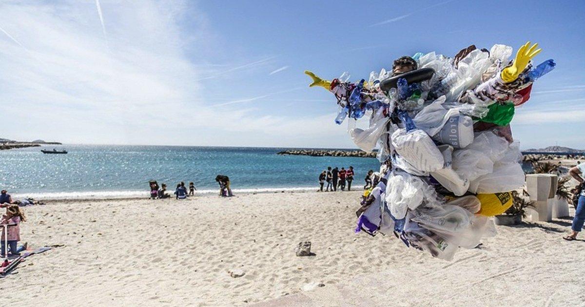 6 38.jpg?resize=1200,630 - 8 Países que le han declarado la guerra al plástico