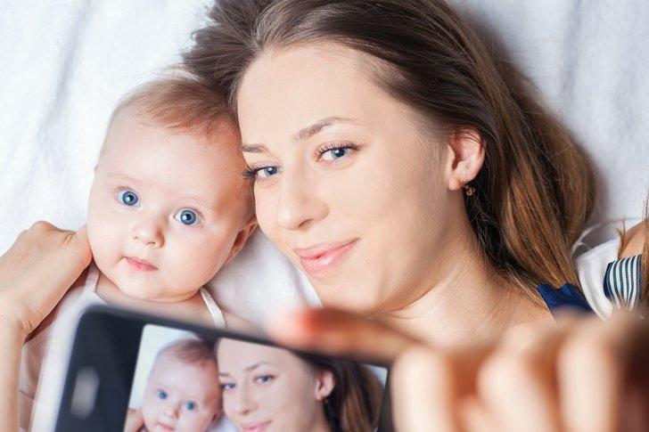 6Riesgos que corren tus hijos cuando publicas sus fotos enInternet