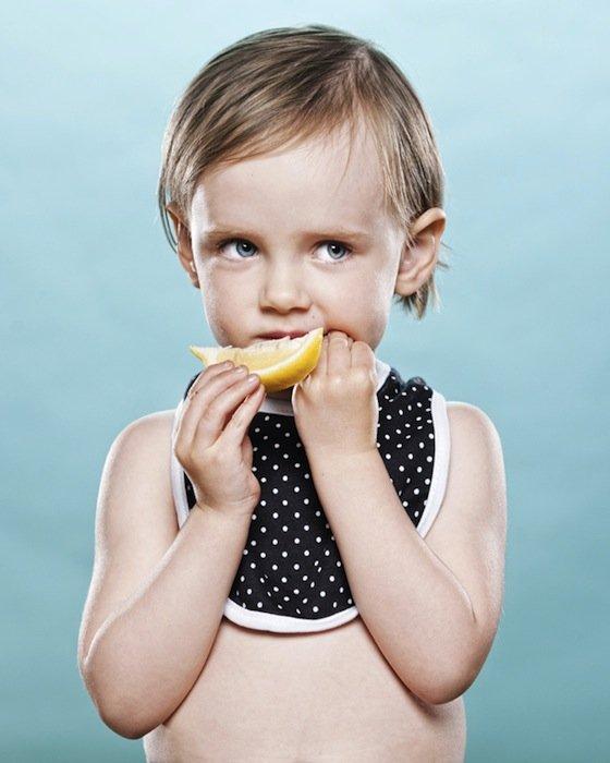 criancas-provando-limao-10