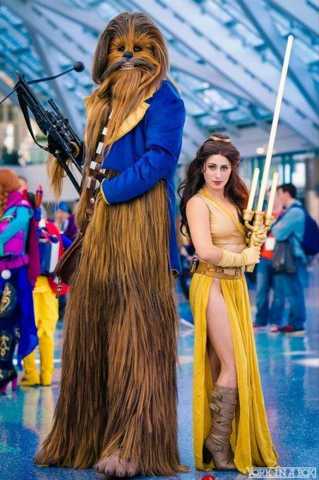Cosplay de Bella y Bestia combinado con Star Wars