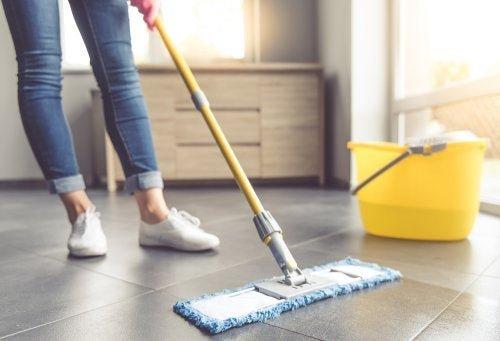 Resultado de imagen de limpiar piso