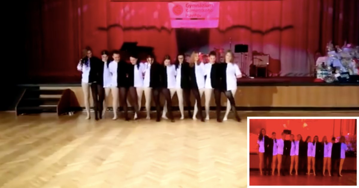 d4 11.png?resize=412,275 - Group Of Dancing Students Came Up With Optical Illusion Performance