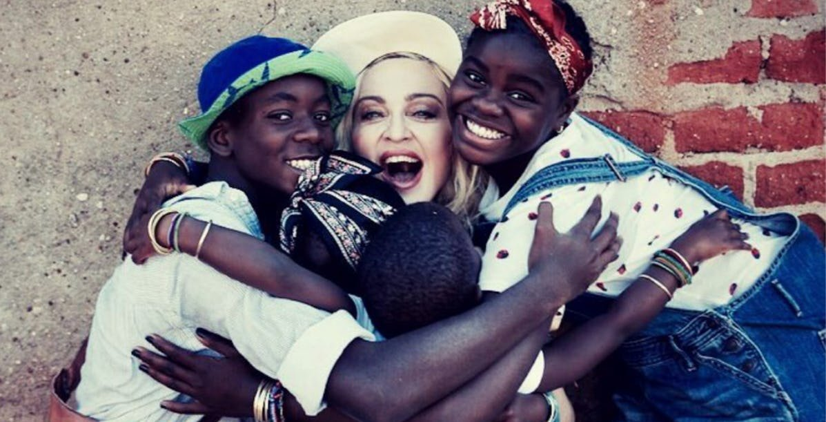 her family.jpeg?resize=412,275 - 20 Things People Should Know About Madonna And Her Family