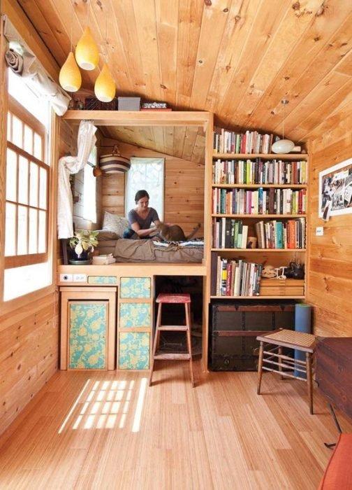 libros en casa pequeña