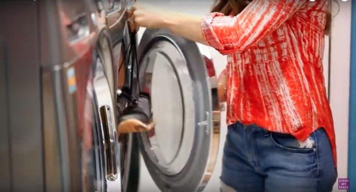 12Trucos que teserán útiles almomento delavar tus prendas