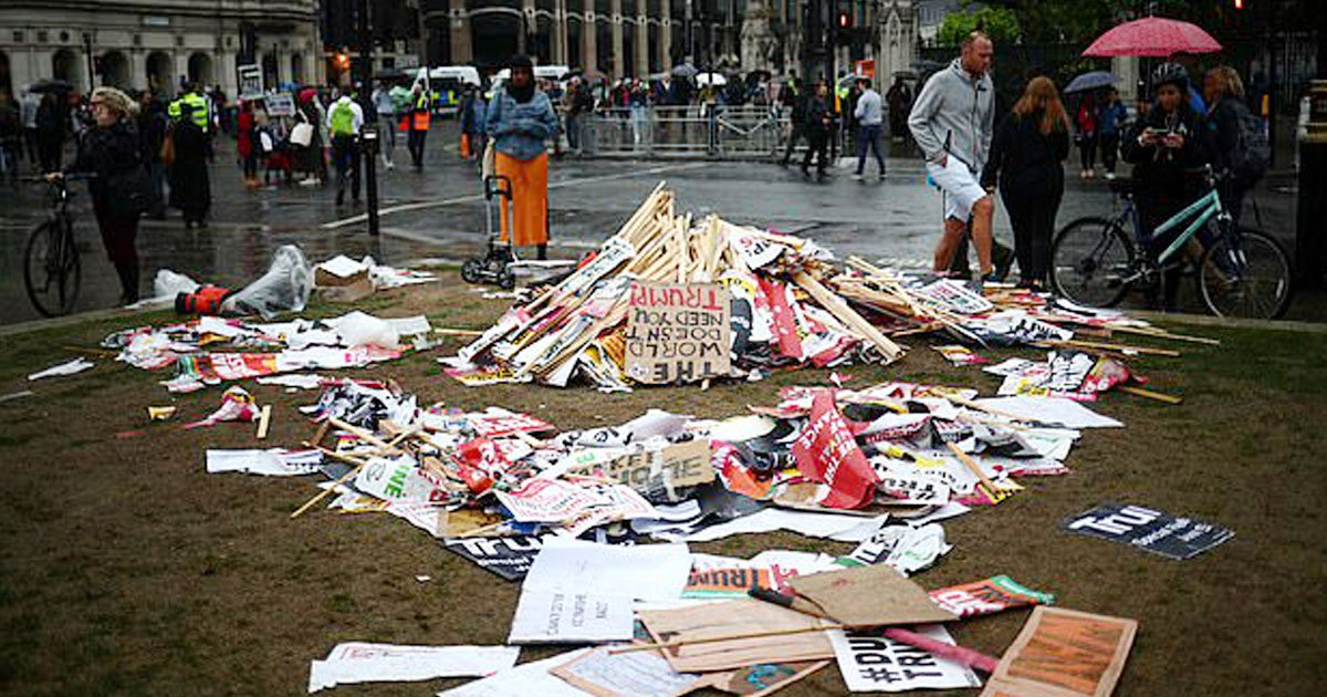 trump protest london.jpg?resize=1200,630 - Protesters Left Behind Litter After Protesting Against Donald Trump In London