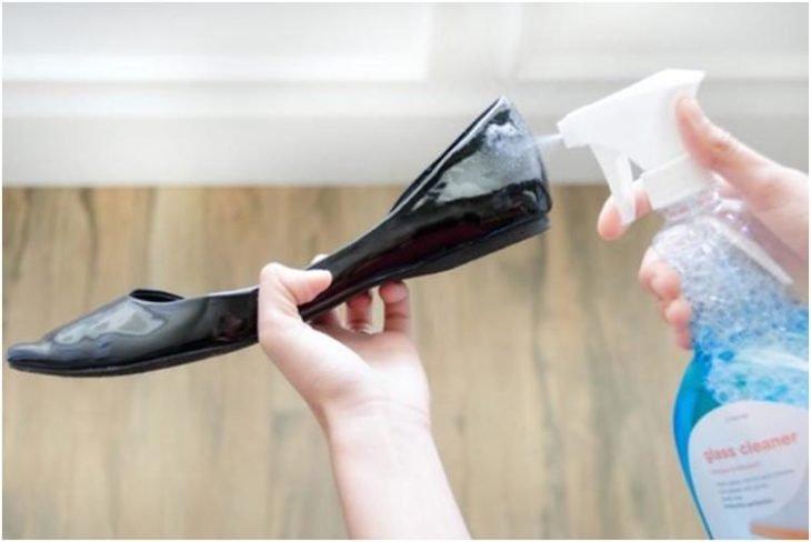 limpiador vidrios zapatos