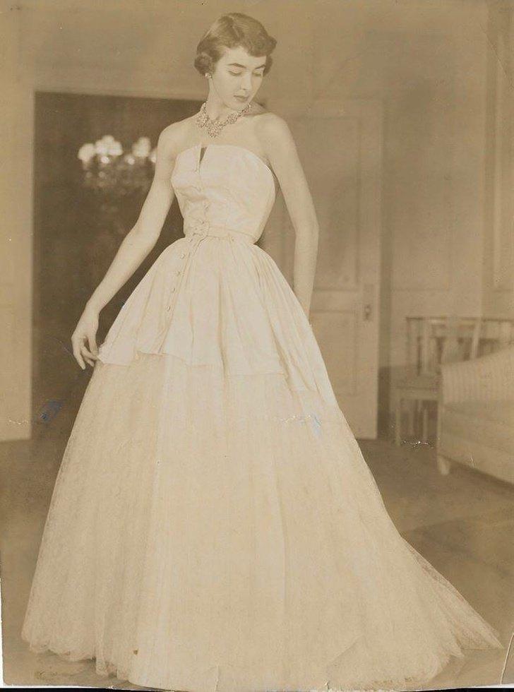 28 Fotos de vovós que chamavam a atenção pela beleza durante a juventude