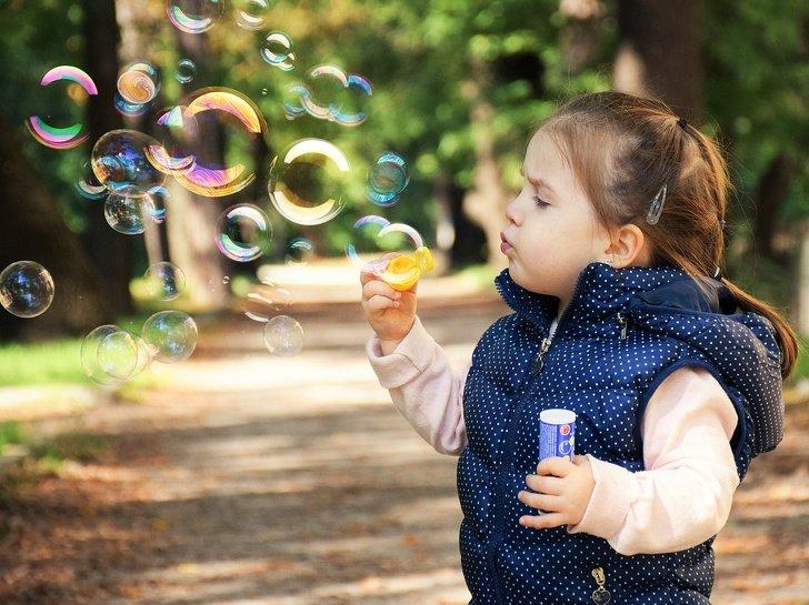 20 Coisas que seu bebê aprenderá a fazer no seu primeiro ano