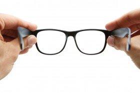 Resultado de imagen de limpiar gafas