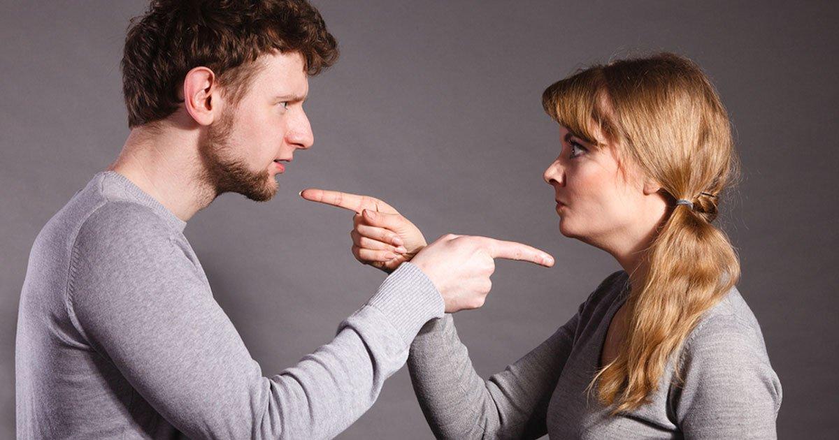 5 reasons why it is better to divorce than staying in an unhealthy marriage.jpg?resize=1200,630 - 5 raisons pour lesquelles il est préférable de divorcer que de rester dans un mariage malsain