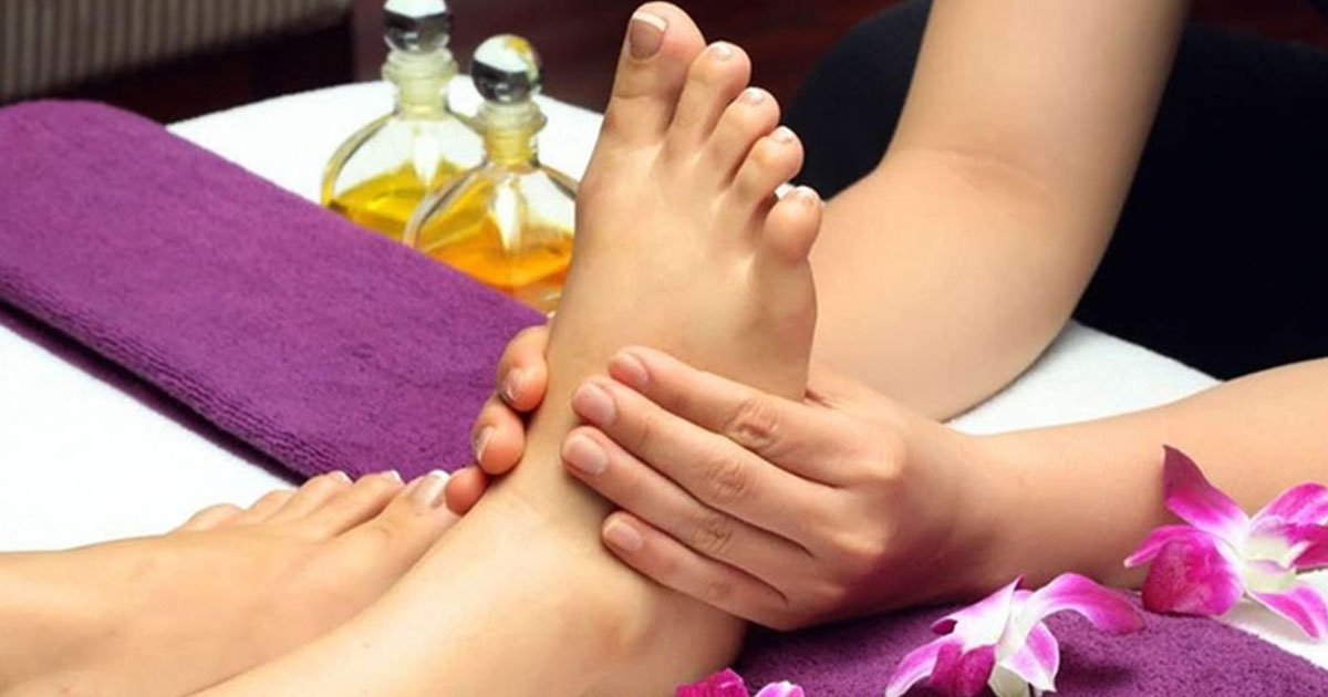 6 benefits of foot massage that you must know.jpg?resize=412,232 - 6 Benefits Of Getting A Foot Massage