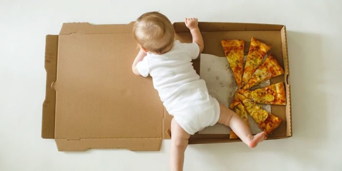 6 months 5c6d5f6f69e3e  700 e1562942550470.jpg?resize=412,232 - The Most Special Way to Document Baby's First Year Using Pizza Slices