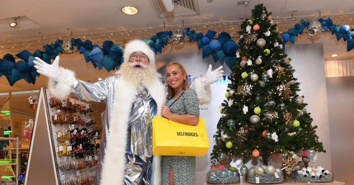 a 25.jpg?resize=412,232 - Un grand magasin a déjà lancé sa collection de Noël dans les rayons