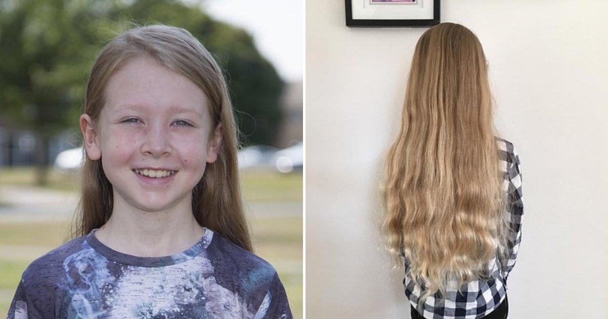 alfie7.png?resize=300,169 - Un garçon qui n'avait jamais coupé ses cheveux a été prié de passer chez le coiffeur pour pouvoir aller au lycée