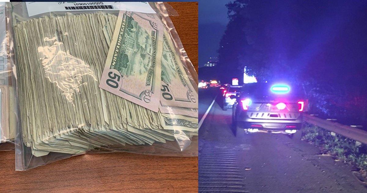 an armored truck spilled over 100k onto atlanta highway and people started grabbing the cash.jpg?resize=300,169 - Un camion de transport de fonds a déversé plus de 100 000 € sur une autoroute