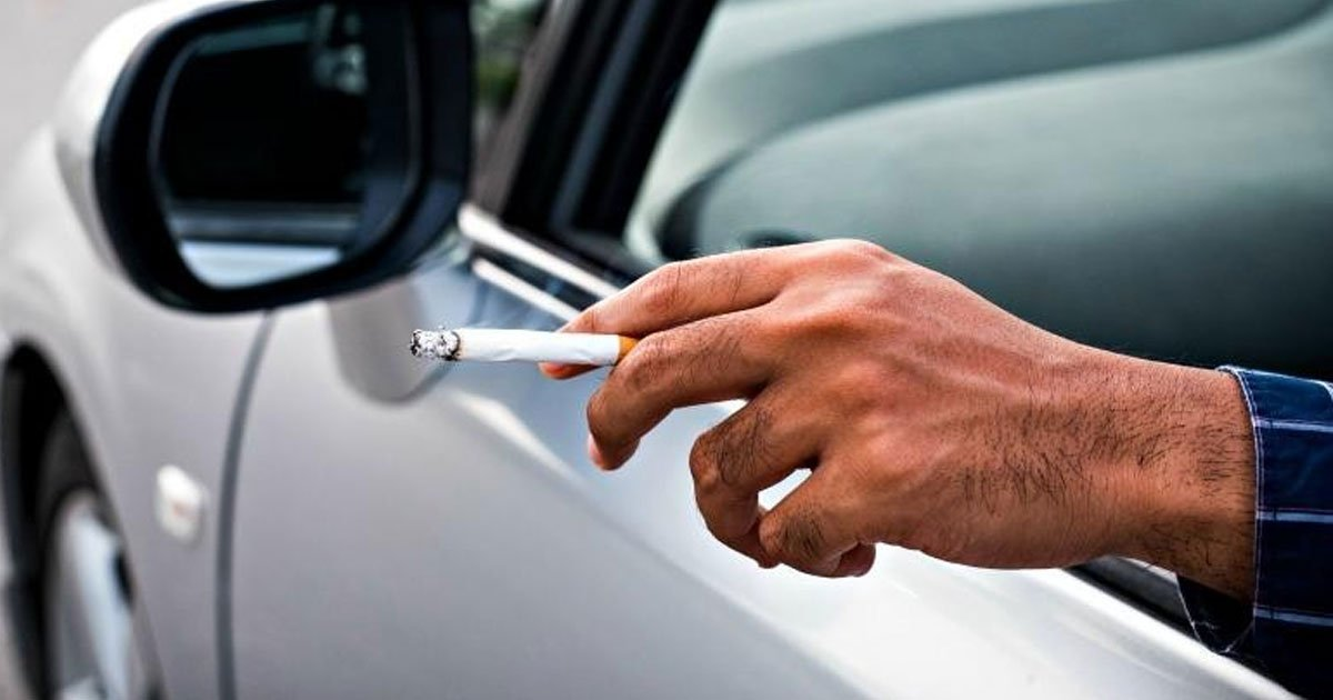 driver fined almost 2000 for throwing cigarette out of the car window.jpg?resize=412,232 - A Driver Was Fined Almost $2,500 For Throwing A Cigarette Out Of The Car Window And Ignoring The Initial Fines