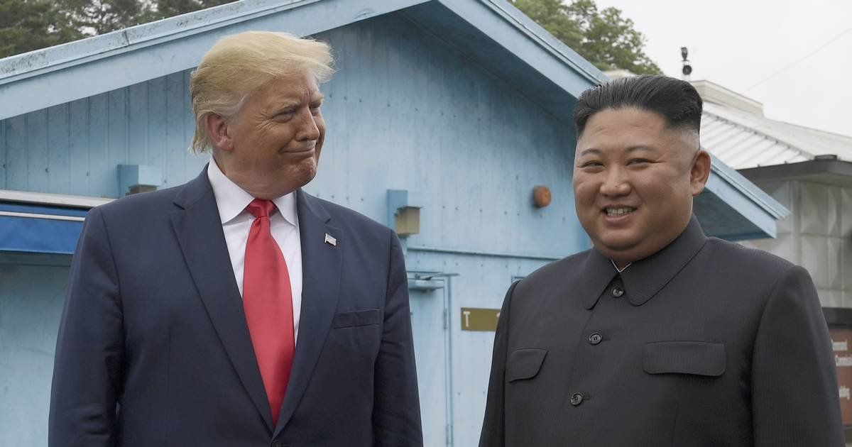 featured image 4.png?resize=412,232 - Trump Became The First US President To Step Into North Korea To Meet Kim Jong Un