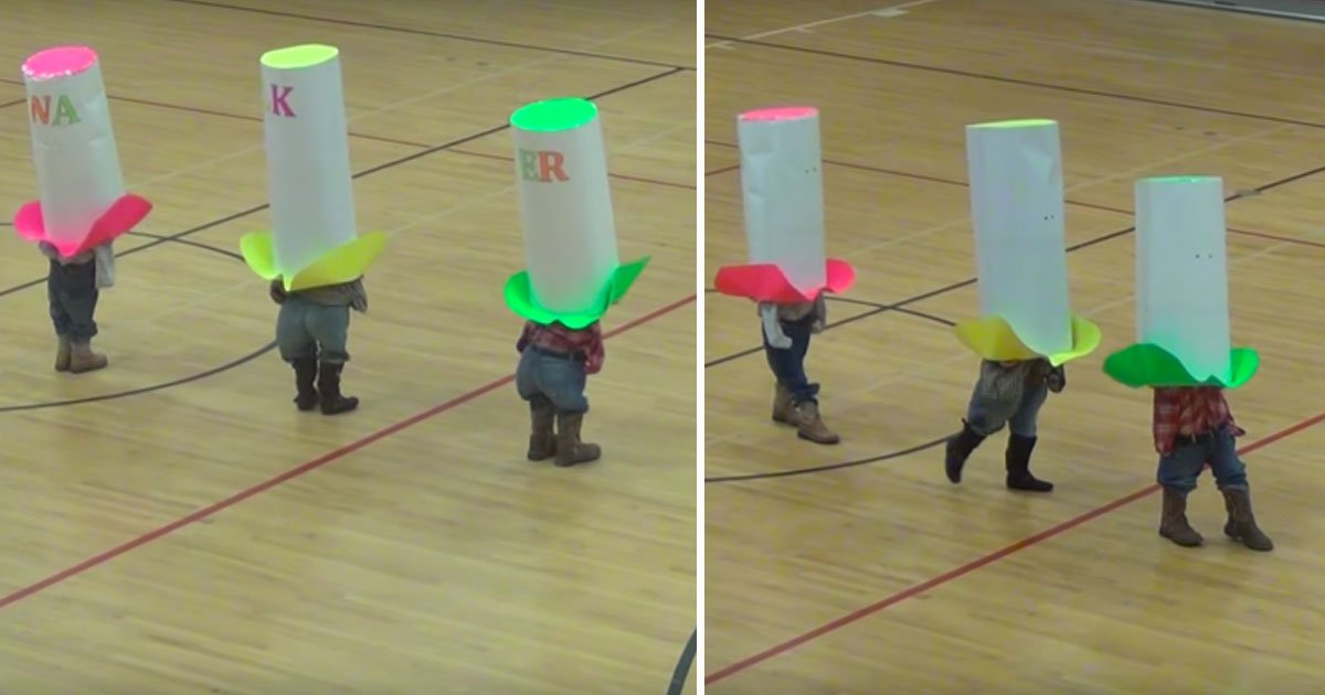 """kids with huge paper hats.jpg?resize=1200,630 - Three Children With Gigantic Cowboy Hats Danced To The Oak Ridge Boys' Classic Song """"Elvira"""" And Had Everyone In Fits"""